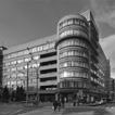 Реконструкция офисного здания с подземной парковкой и магазинами в цокольном этаже